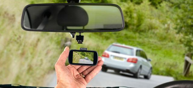 Nextbase 612GW review in car window